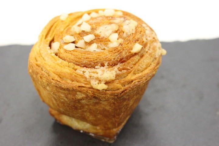 日本初上陸のスイーツパン「ルイゼル」がリッチすぎる!ブリオッシュ ドーレの40周年記念アイテム - デニッシュ [えん食べ]