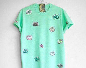 CAMISETA SUCULENTAS. camiseta de algodón 100% T con suculentas. Camiseta verde menta. Camiseta verde Teal.