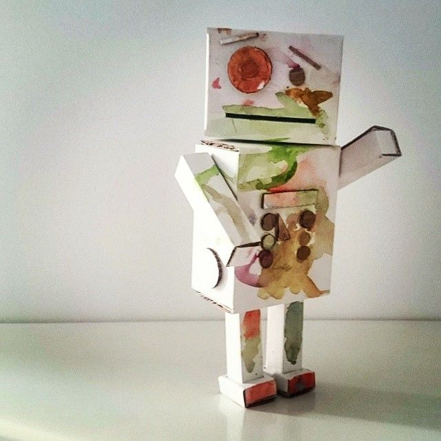 A toy robot i did form my little daughter.  She put a little camouflage on it :) Made by Soyski #robot #toy #cardboard #fun #handmade #space #inspiration #Soyski # Poland #Nerds #Nerd #Nerdy
