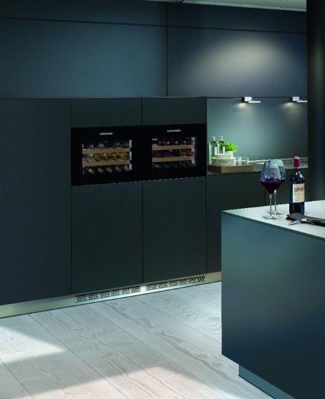 Inbouw wijnkasten van Liebherr met zwart of wit glasdesign WKE 582 GrandCru