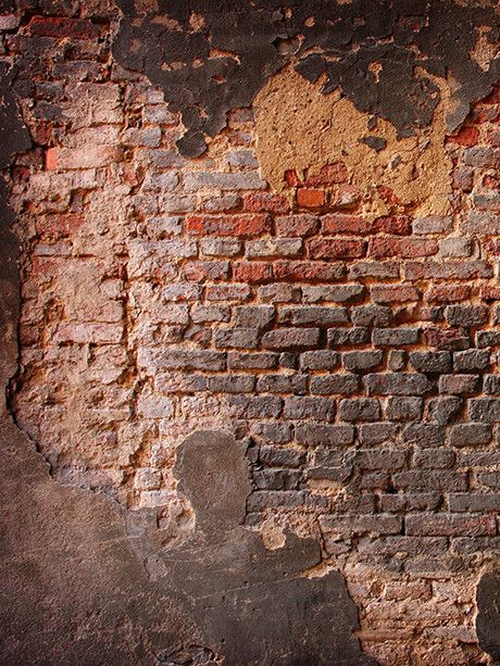 Crumbling Brick Wall Printed Photography Backdrop / 001