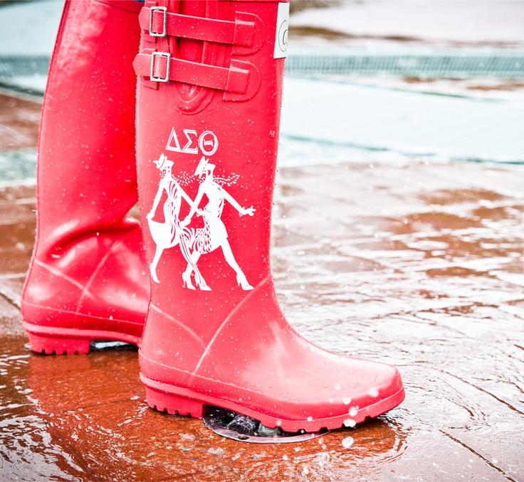 Are you kidding me???  Delta Sigma Theta Rain Boots!  Whoa!