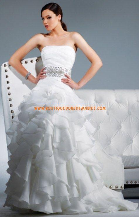Robe de mariée moderne à froufrous en organza broderie