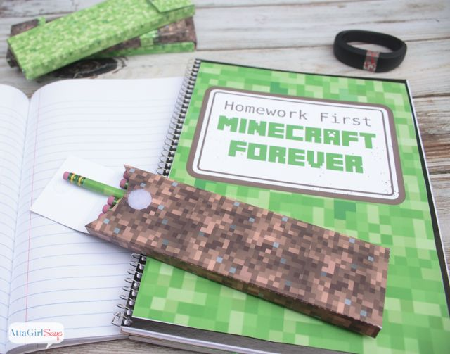 Download these free printable patterns to make your own Minecraft school supplies, including pencil boxes and a cool notebook cover.