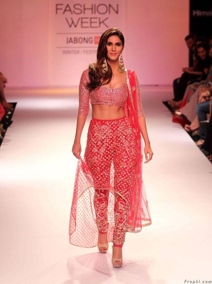 Vaani Kapoor At Lakme Fashion Week 2014
