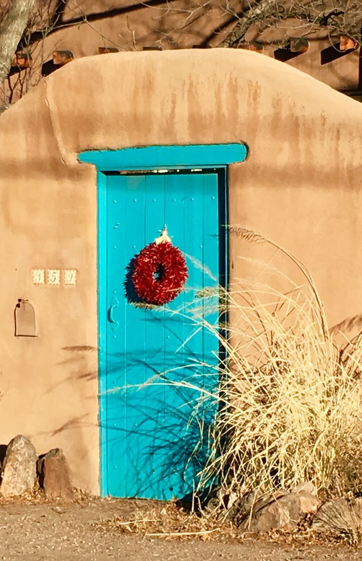 turquoise door Santa Fe | lynn watt photo