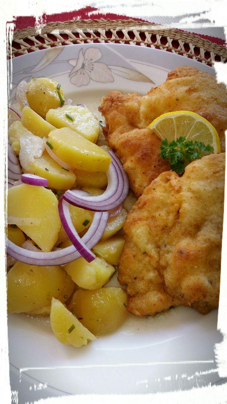 Řízek, vídeňský bramborový salát