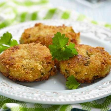 Egy finom Vega fasírt ebédre vagy vacsorára? Vega fasírt Receptek a Mindmegette.hu Recept gyűjteményében!