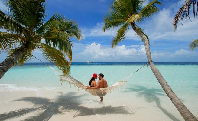 Plan & customize your romantic holiday to #Maldives Send us your booking request - https://maldivesholidayoffers.com/special/customize