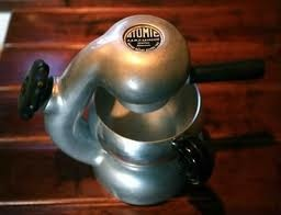 it took a decade to get my mits on an atomic and landed this baby 2 years ago from ebay. a bit of a homer bowling ball present. gave it to my partner so i could have it in the house. it also makes beautifully strong and caramelly coffee. in fact it gets a hammering. used at least 20 times a week.