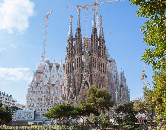 Conseils, sites à consulter, choses à faire, tout pour profiter un maximum lors d'un séjour dans la capitale catalane !