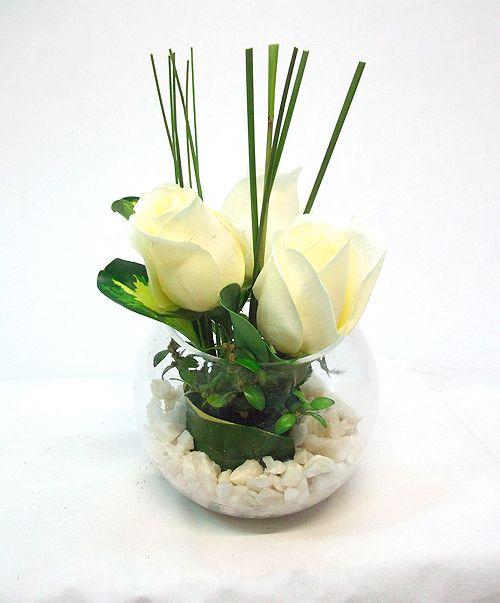 Resultado de imagen de flores en peceras