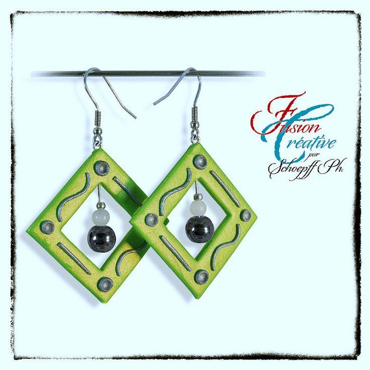 """Boucles d'oreilles Polymère """"Green Pearl"""" Par SCHOEPFF Philippe"""
