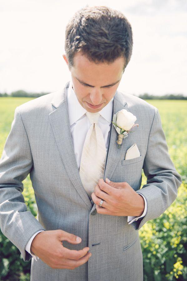 grey and cream groomsmen look