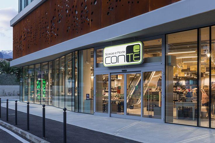 A new Conte' Scarpe e Moda footwear and fashion store is opening in Riva del Garda, the pearl of Garda Lake. Shopfittings by Effebi.