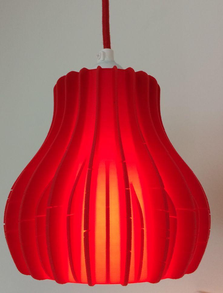 Flot lampe - 3D printet i rød PLA :-)