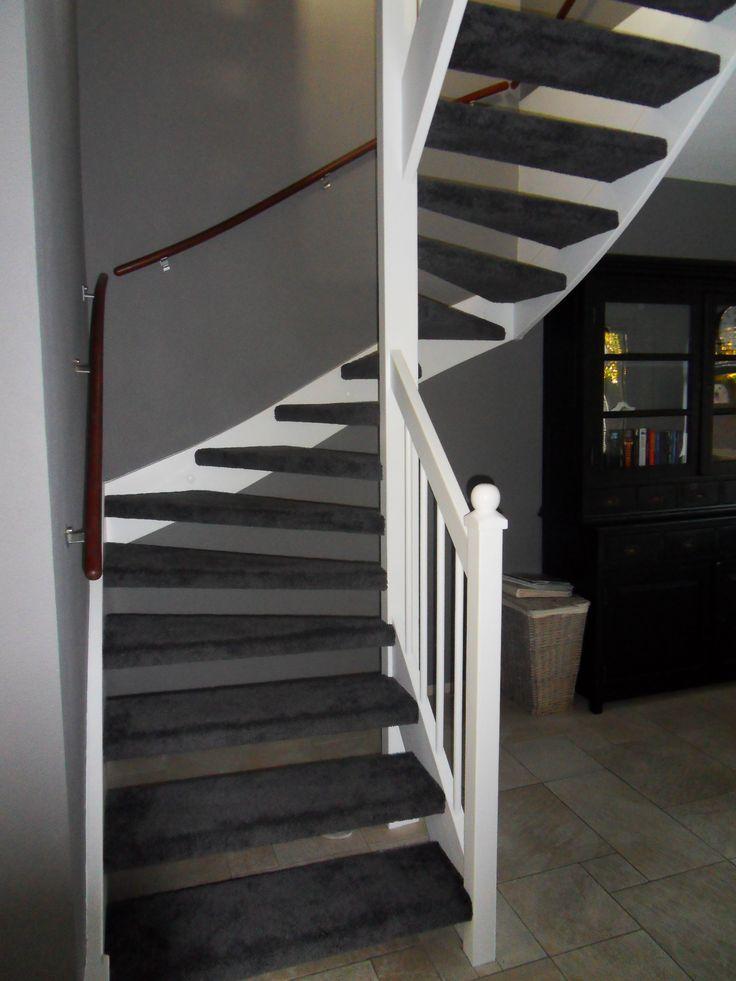 Open trap met tapijt tapijt op trappen pinterest - Corridor tapijt ...