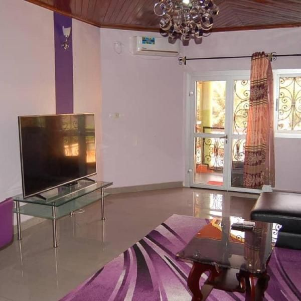 Appart Meubles Yaounde Situated 8 Km From Yaounde Multipurpose Sports Complex Appart Meubles Yaounde Offers Air Conditioned Accommo Accommodations Lodges Hotel