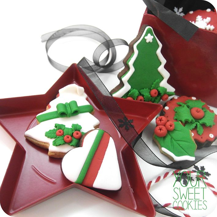 Christmas Cookies http://instagram.com/yoursweetcookiess