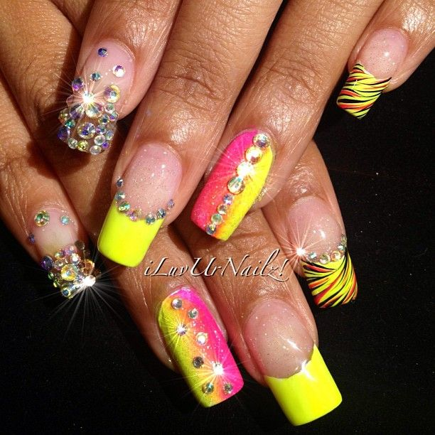 from Nail Art Gallery · Instagram photo by iluvurnailz - 25 Best Freestyle Nails Images On Pinterest Nail Art Designs