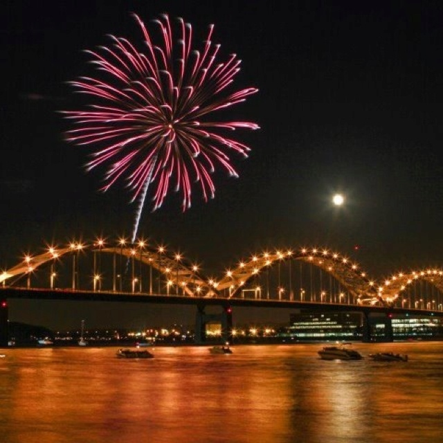 july 4th quad cities