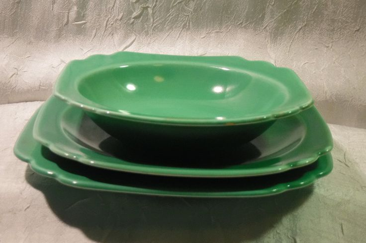 Homer Laughlin RIVIERA WARE / 1940's Saucer, Bowl and Plate / Set of 3 Vintage Green by OriginalVintageGypsy on Etsy