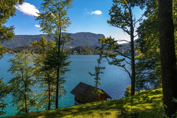 https://flic.kr/p/YbQi1y | Lake House | Bled, Slovenia