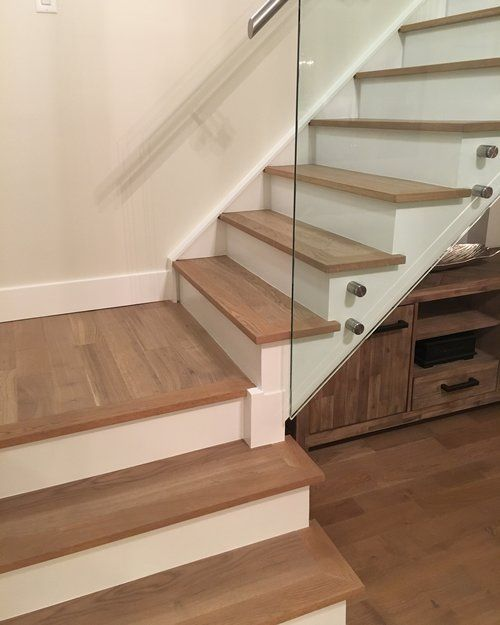 Pre Finished Staircase With Custom Stained Matching Nosings