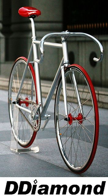 white Fitness Track Bike   jordans   Bicycles      Fixie DDiamond Track  and red