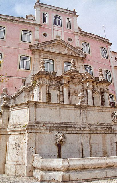 Fabulous pink building in Lisbon, Portugal