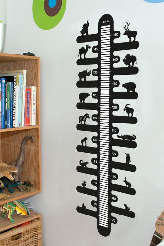 Nice and trendy kids ruler made from black lacquered metal. Write the height of your kids and never forget how it was... Comes in several colours. #morfo #morfodesign #morfodk #danishdesign #designforkids #interior