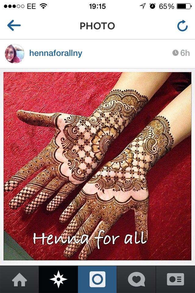 Double hand henna
