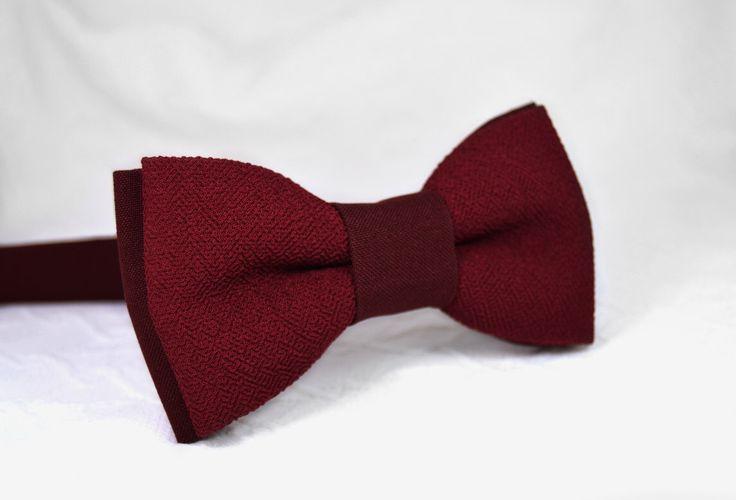 Burgundy bow tie, mens bow tie, marsala bow tie, dark red bow tie, maroon bow tie, wedding bow tie, wine bow tie by MrFoxBowTies on Etsy https://www.etsy.com/listing/237038959/burgundy-bow-tie-mens-bow-tie-marsala