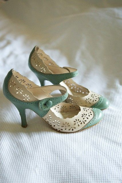 oh pretty shoes, why are you discontinued?