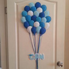 balonlar kapı süsü mavi