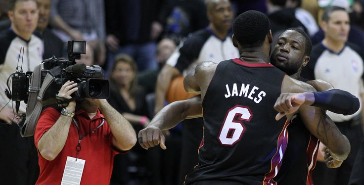 Dwyane Wade Will Not Leave Miami Heat - http://www.morningnewsusa.com/dwyane-wade-will-not-leave-miami-heat-2326331.html