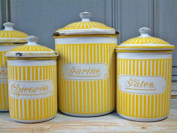 Les 520 meilleures images du tableau esprit brocante sur pinterest objets en mail vintage - Objets les plus recherches en brocante ...