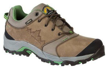 A guide to the best #hiking shoes for men, with top hiking shoes from La Sportiva, Vasque, Keen, Merrell and more. #Outdoors #Gear