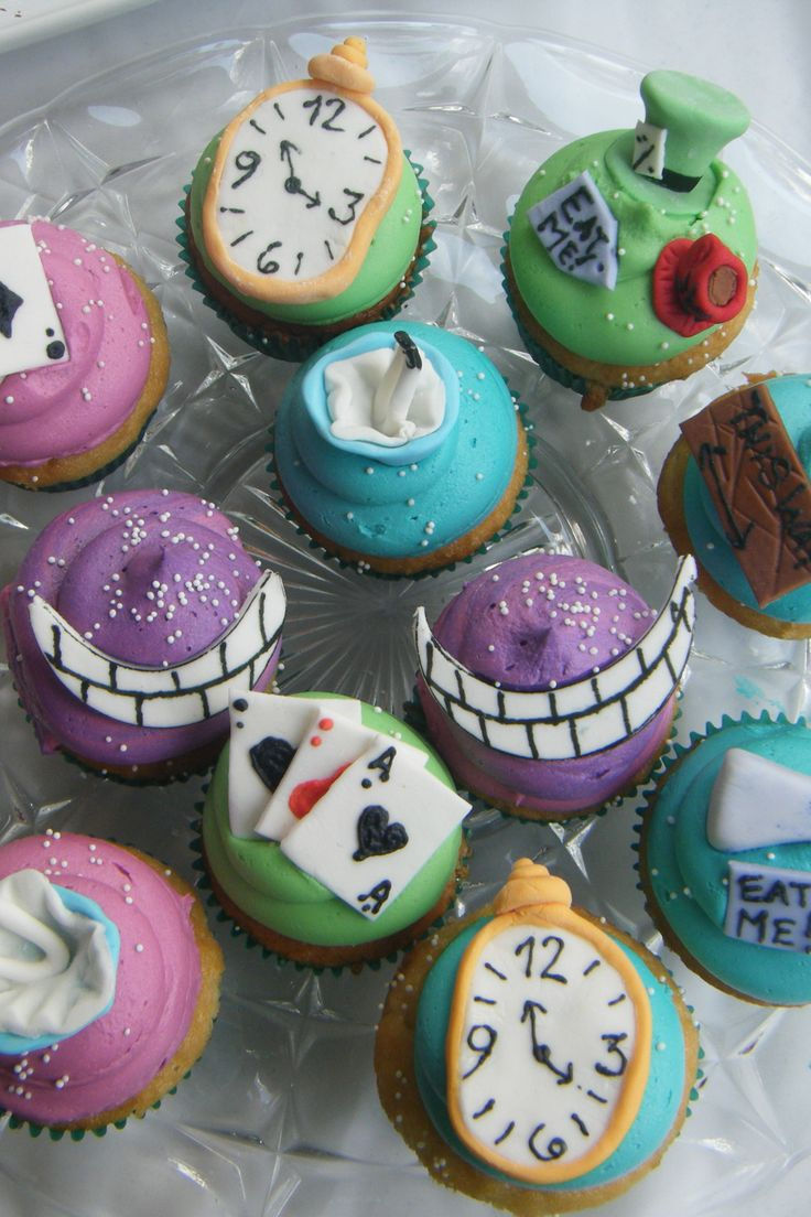 Alice in wonderland cupcakes party ideas