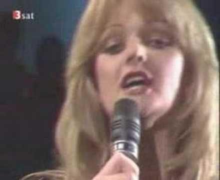 Bonnie Tyler ~  It's A Heartache