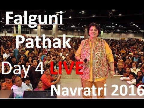 Falguni Pathak is best and very popular singer for Garba and Dandiya Rass.Here is Live Video of  Garba King Falguni pathak and New Latest...