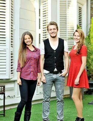 Cansu, Ozan & Hazal.. Leyla Tanlar, Burak Tozkoparan & Alina Boz..