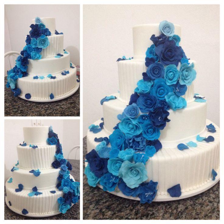 Bolo cenográfico... Casamento... Flores azuis... #azul