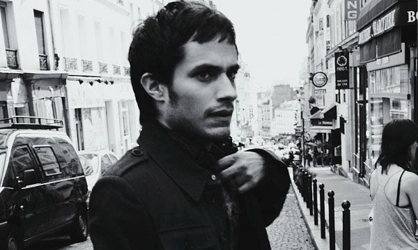 Gael Garcia Bernal and Ashley Hinshaw to Star In DESERTED CITIES ...