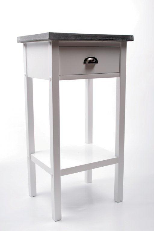 Köp - 1095kr! Hallbord Hugo - Vit. Prydligt hallbord i vitt trä med en tålig toppskiva i