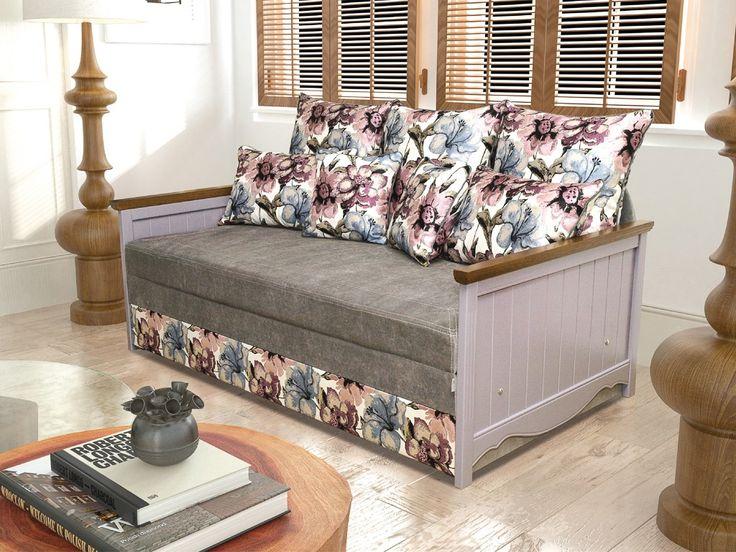 Диван Кантри 1,8 в интерьере. Цветочный принт и деревянный подлокотник.