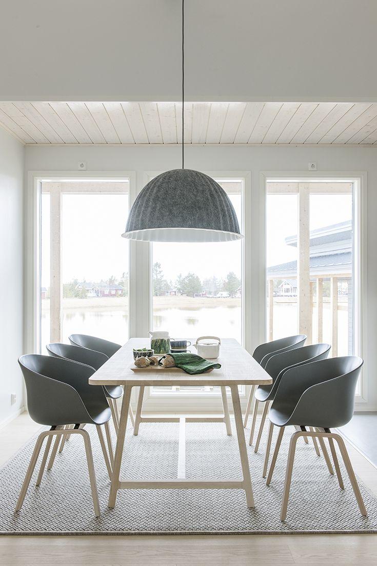 Herralan Särkänherra ruokailuryhmä – Isot ja avarat ikkunat tekevät ruokailusta luksusta