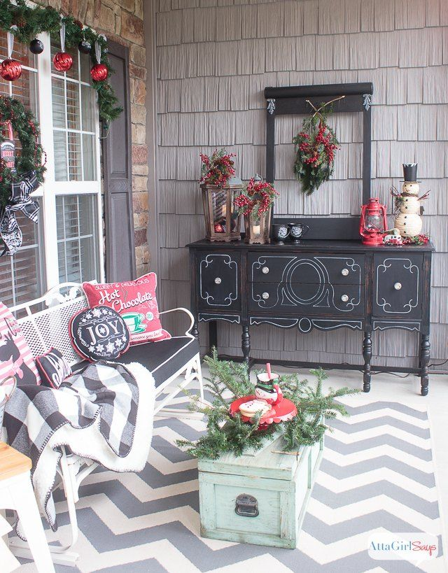 25 best ideas about christmas porch on pinterest - Vintage front porch decorating ...