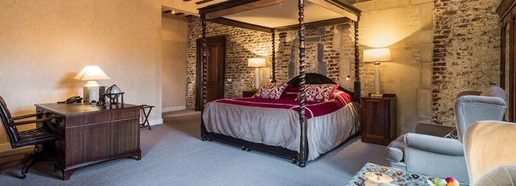 Mooie authenthieke suites in het kasteel gelegen. De suites zijn voorzien van een heerlijk Queen-size bed en comfortabel stijvol ingericht zitgedeelte.