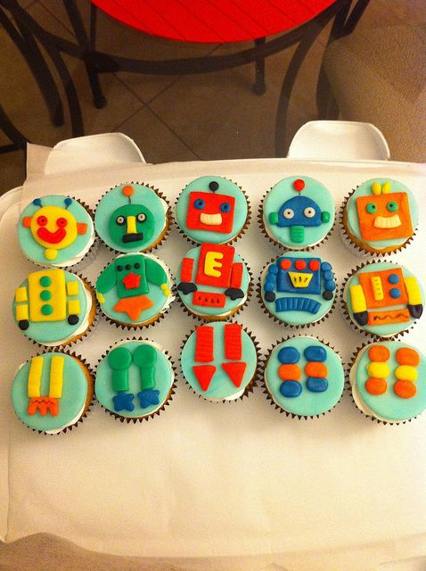 Emmett's Robot Cupcakes - For Birthday or Baby Shower